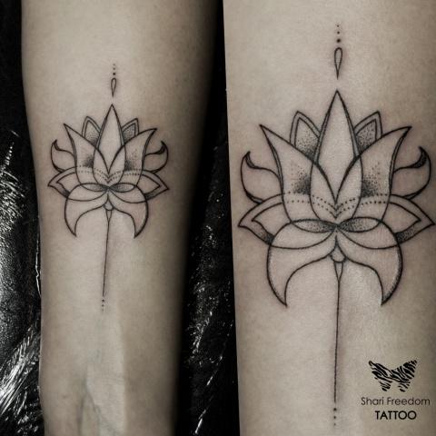 lotosový květ tetování na ruce